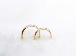 rings-in-snow.jpg